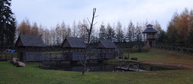 Prūsų-Jotvingių gyvenvietė prieš Valdovų rūmus – du keliai