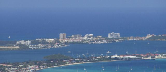 Karibai – spalvingiausios pasaulio salos