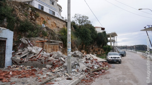 Sugriauta statyba Himaros kurorte