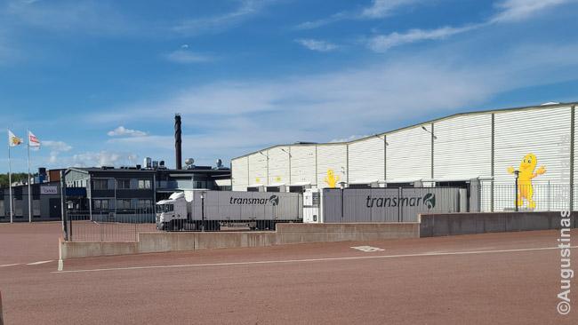 Pasirodo, Taffel traškučių gamykla-štabas yra Alanduose. Šiuos traškučius dažnai valgau, bet niekada nebūčiau pamanęs, kad jie gaminami tokiame 'užkampyje'. Gretimoje firminėje parduotuvėje - didelis pasirinkimas