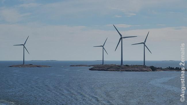 Vėjo jėgainių sala netoli pagrindinės salų grupės