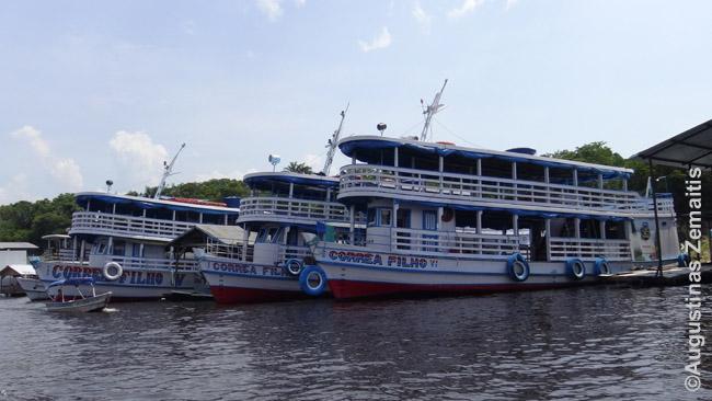 Tradiciniai Amazonijos maršrutiniai upėlaiviai