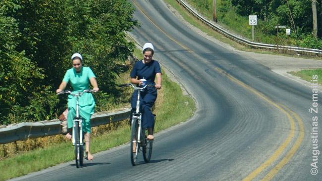 Amišės ant dviračio