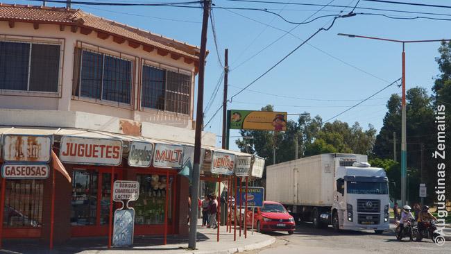 Parduotuvė mažame mieste