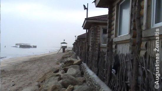 Gero viešbučio nykus paplūdimys Sumgaite