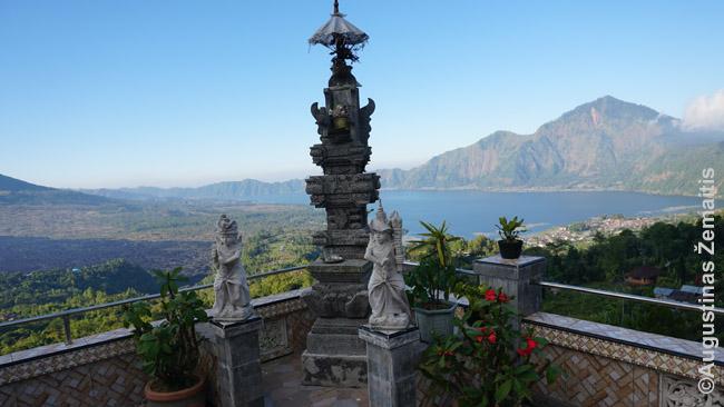Panorama nuo restorano ant Baturo vulkano krašto