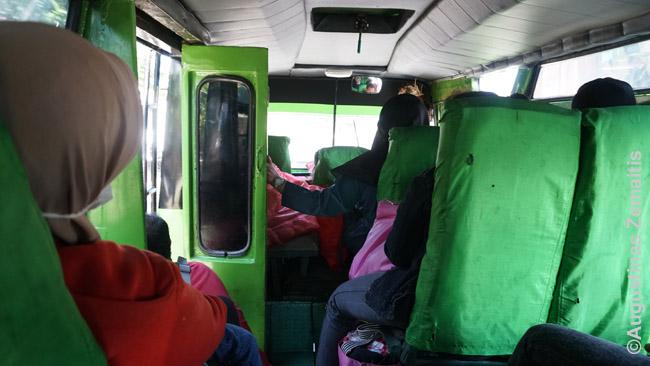 Mikroautobuse į Gilimanuką iš kur kelia keltas į Javą