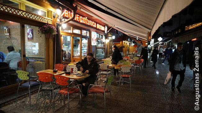 Burekdžinica - specializuotas burekų restoranas - Sarajeve, Bosnijoje