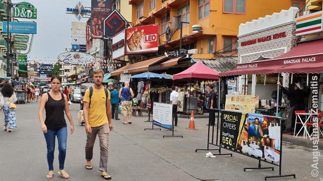 Kuprinėtojai Khao San kelyje