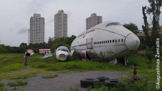 Bankoko 'lėktuvų kapinės'