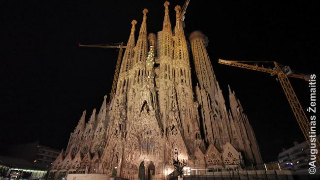 Garsiausias Barselonos pastatas - Šv. Šeimos bažnyčia