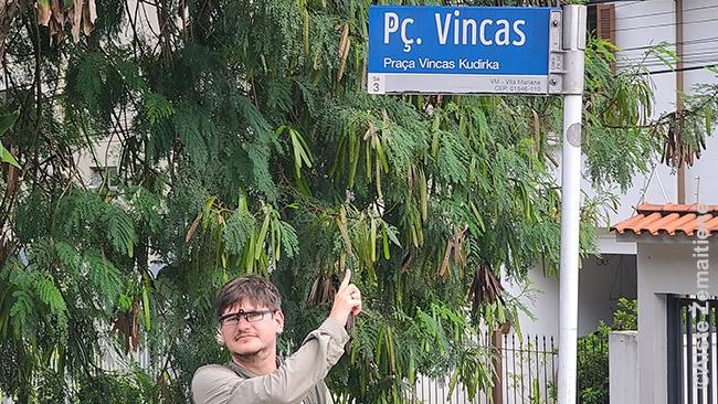 Vinco Kudirkos aikštėje
