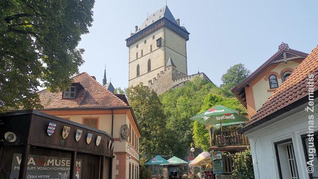 Karlšteino pilis Prahos priemiesčiuose