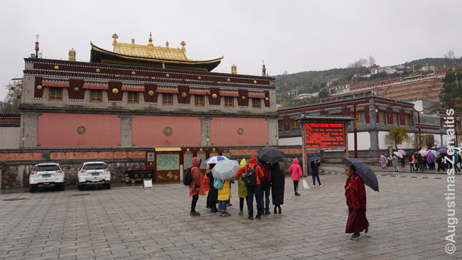 Kumbumo Tibeto vienuolyne - tradicinė tibetietiška architektūra