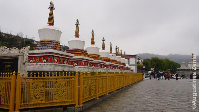 Kumbumo vienuolyno stupos Činghajuje