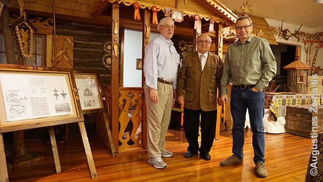 Visų trijų imigracijos bangų atstovai kartu rūpinasi Baltimorės lietuvių namais. Iš kairės - H. Gaidis (angliakasių sūnus), A. Radžius (kaip vaikas atvežtas iš Lietuvos tėvams traukiantis nuo sovietų okupacijos) ir G. Bujanauskas (laimėjęs žaliąją kortą)