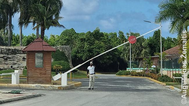 Vienas daugybės apsaugos postų Punta Kanoje