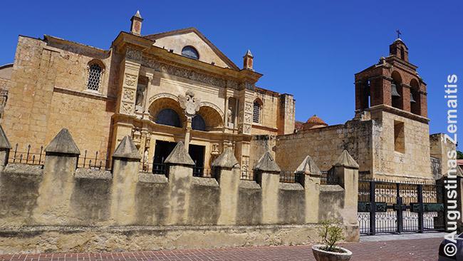Santo Domingo katedra Dominikos Respublikoje