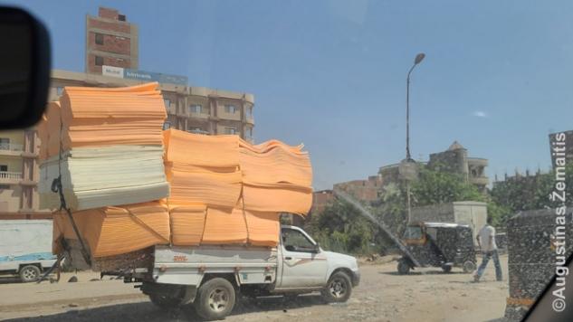 Perkrautas pikapas Egipte