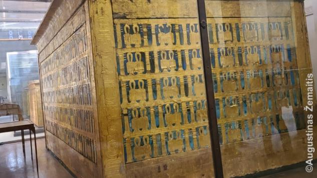 Vienas gausybės Tutanchamono sarkofagų Egipto muziejuje