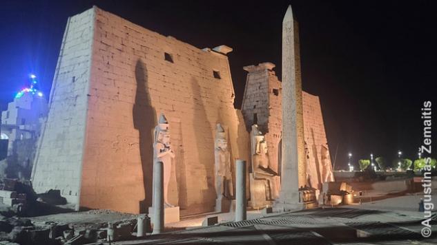 Luksoro šventykla
