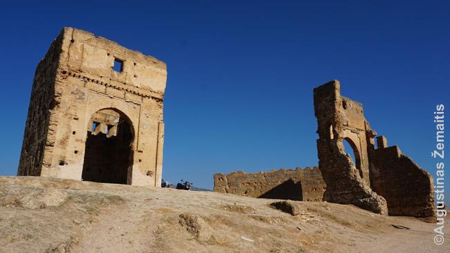 Merinidų kapų liekanos virš Feso medinos