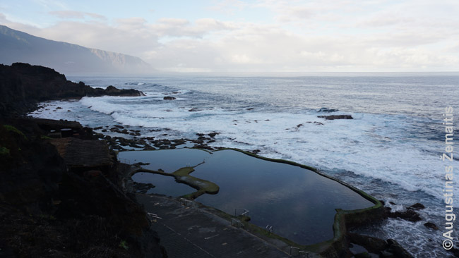 Vandenyno pritaškomi vandenyno, kuriuose maudomasi