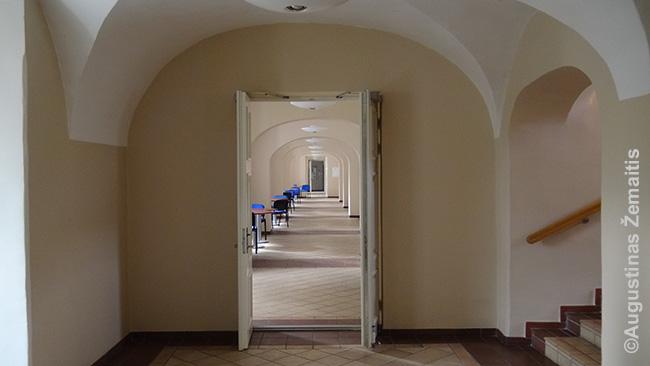 Buvusi vienuolyno, o dabar ISM universiteto erdvė