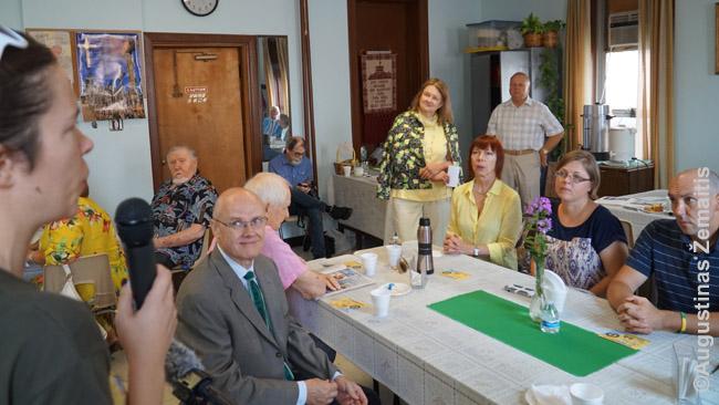 Tikslas - Ameirka apsilankymas Sisero parapijos pasibuvome po Šv. Mišių