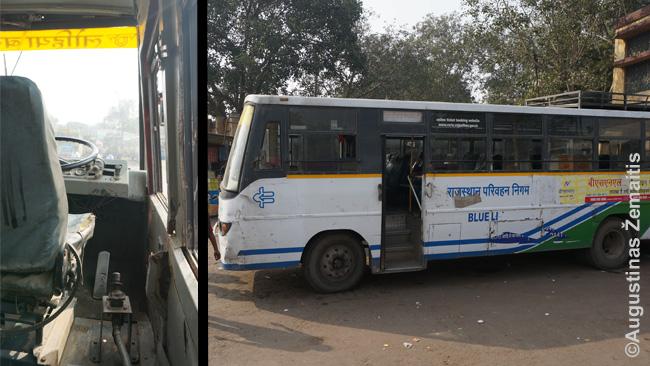 Aplūžęs autobusas Indijoje