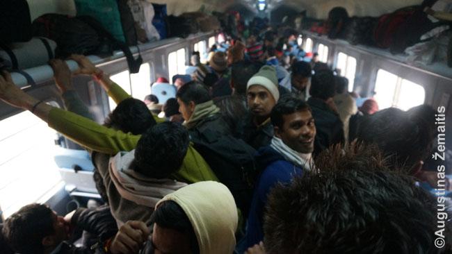 Pigiausia Indijos geležinkelių klasė
