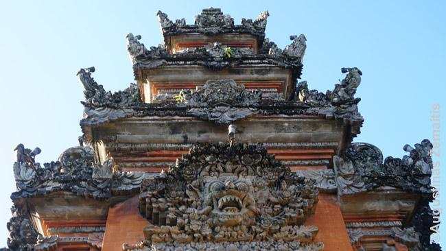 Balio šventykla iš arti