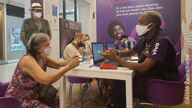 SIM kortelės įsigijimas salone Brazilijoje