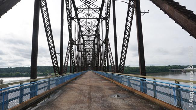 Senas tiltas garsiajame 66 kelyje