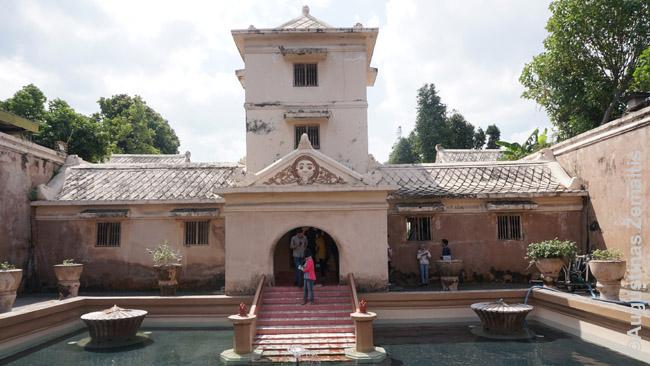 Taman Sari - Džogjakartos vandens rūmai