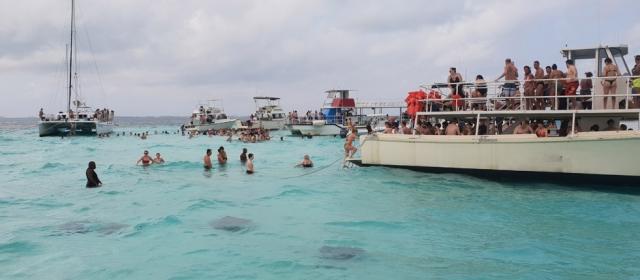 Kaimanų salos – rajų miestas, bankų rojus