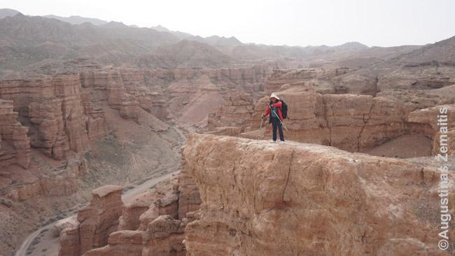 Žygio vadovas Šarynės kanjone prie Almatos, Kazachija