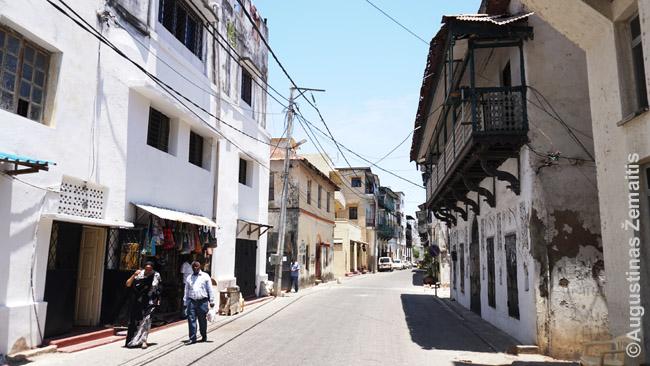 Mombasos senamiestis su tradiciniais balkonais