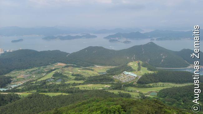 Salų peizažas aplink Tongjongą