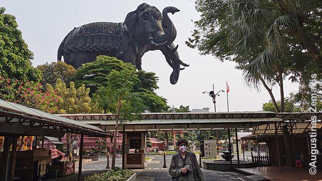 Eravano muziejuje Bankoke