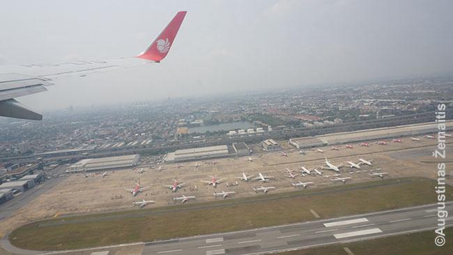 Lėktuvas kyla iš Bankoko
