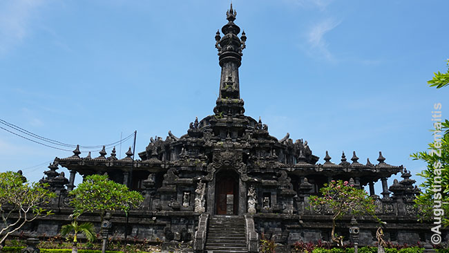 Badžras Sandhi paminklas Denpasare