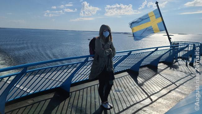 Keltu į Alandų salas. Švedijos vėliava šiais laikais daugelį gąsdina, bet Švedijoje nebuvome - tiesiog keltas plaukioja su ja