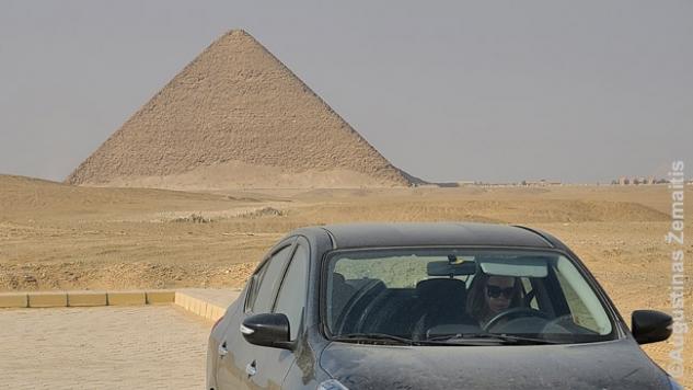 Prie Dašūro piramidės
