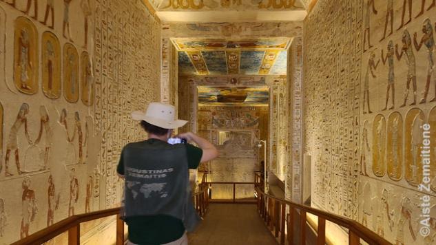 Pakeliui į gilų faraono kapą