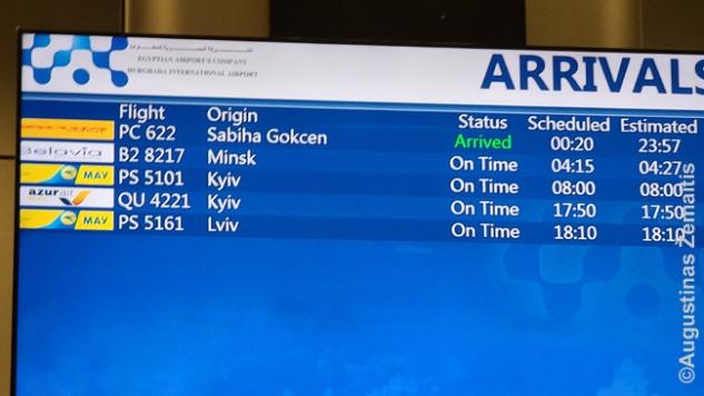 Vos penki atvykimai per dieną Hurghados oro uosto tablo