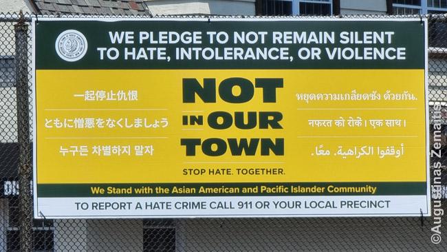Atsišaukimas prieš rasizmą prieš azijiečius Niujorke po COVID