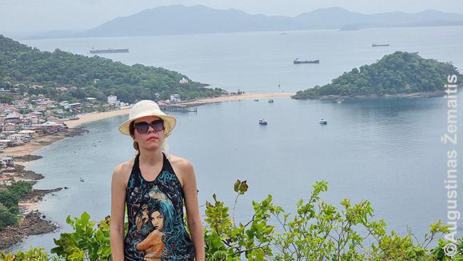 Tabogos saloje Panamoje, užlipus ant kalno su kryžiumi