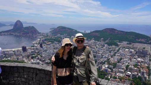 Pirma vieta, kur nuvykome kartu - ši apžvalgos aikštelė, iš kurios matosi visas Rio de Žaneiras
