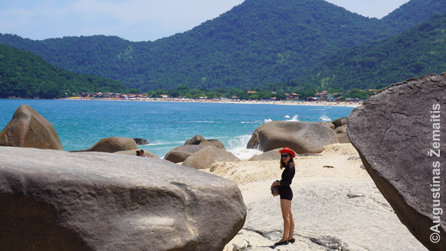 Trinidade paplūdimyje Rio de Žaneiro valstijoje